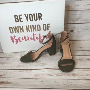 A New Day Michaela Block Heel Olive Sandal Size 6